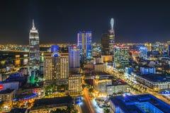 SAIGON, VIETNAME - 8 de abril de 2016 - paisagem da impressão da cidade de Ho Chi Minh na noite, Fotografia de Stock Royalty Free