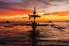 Sail boat at sunset sea, boracay island Stock Photography