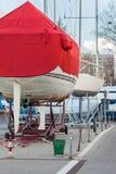 Sailboat έτοιμο για το χειμώνα Στοκ εικόνες με δικαίωμα ελεύθερης χρήσης