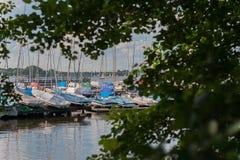 Sailboat λιμάνι Στοκ Φωτογραφία