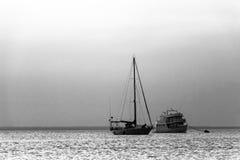 Sailboat και βαρκών επιβατών PB Στοκ εικόνα με δικαίωμα ελεύθερης χρήσης