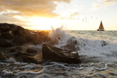 Sailboat κύματα Στοκ φωτογραφία με δικαίωμα ελεύθερης χρήσης
