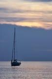 sailboat λευκό θάλασσας Στοκ εικόνα με δικαίωμα ελεύθερης χρήσης