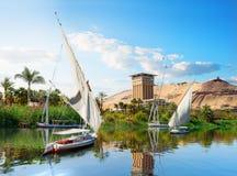 Sailboat σε Aswan στοκ φωτογραφίες με δικαίωμα ελεύθερης χρήσης