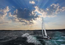Sailboat στα σύννεφα Στοκ Εικόνες