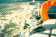 sailboat σχοινιών λεπτομέρειας γιοτ βαρούλκων ιστιοπλοϊκό Στοκ φωτογραφία με δικαίωμα ελεύθερης χρήσης