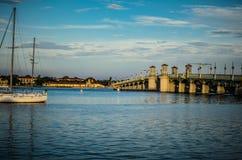 Sailboating in de Wateren van Florida Royalty-vrije Stock Afbeeldingen