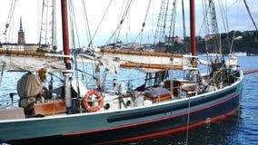 Sailboats βάρκες στη Στοκχόλμη Σουηδία φιλμ μικρού μήκους