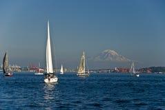 sailboats βουνών Στοκ Φωτογραφίες