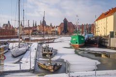 "Sailboats που δένουν στο χειμώνα σε GdaÅ ""SK Στοκ Εικόνα"