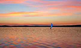 Sailboats που επιπλέουν στα σύννεφα Στοκ Φωτογραφία