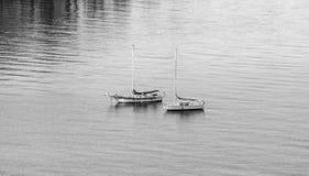 Sailboats στάθμευση στοκ εικόνες