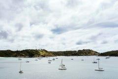 Sailboats στον κόλπο Στοκ φωτογραφίες με δικαίωμα ελεύθερης χρήσης