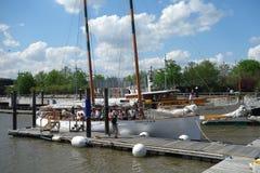 Sailboats τουριστών Στοκ φωτογραφία με δικαίωμα ελεύθερης χρήσης
