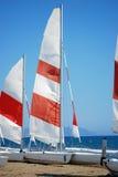 Sailboats na areia Foto de Stock Royalty Free