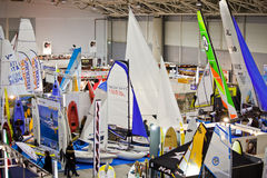 Sailboats pequenos na expo azul grande do mar, Roma 2011 Fotografia de Stock Royalty Free