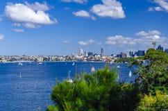 Sailboots no porto de Sydney Foto de Stock