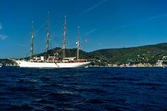 sailing острова elba шлюпки стоковое фото