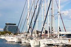 Sailing boats and a hotel Royalty Free Stock Photos