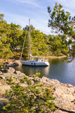 Sailing at the coast of Sweden Royalty Free Stock Images