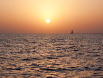 Sailing into the Dusk Royalty Free Stock Photos