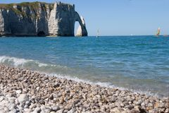 Sailing at Etretat Royalty Free Stock Images