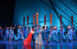 """Sailing home-Dance drama """"The Dream of Maritime Silk Road"""". Dance drama """"The Dream of Maritime Silk Road"""" centers on the plot of two generations stock images"""