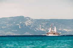 Sailing ship sails in the Aegean Sea Royalty Free Stock Photos