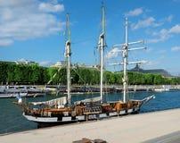 Sailing ship on Seine Royalty Free Stock Photo