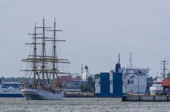 SAILING VESSEL. Norwegian frigate enters the port Royalty Free Stock Photos