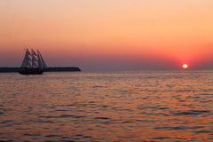 The sailing vessel and the sunset Royalty Free Stock Photography