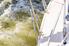 Sailing yacht in the open ocean Royalty Free Stock Photos