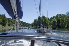 Sailingboats som är kommande i kanal Royaltyfria Foton
