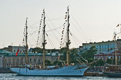 Sailship dans un port Photos libres de droits