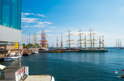 Sailships i en hamn Royaltyfria Bilder