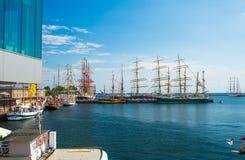 Sailships in un porto Immagini Stock Libere da Diritti