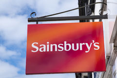 Sainsburys超级市场标志 库存照片