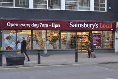 Sainsburys Lokalny sklep Obrazy Royalty Free