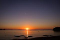 Saint吉恩在夏天日落期间的de Luz 库存照片