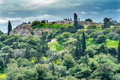 Saint antigo Paul Rock Athens Greece de Areopagus da ágora fotografia de stock royalty free