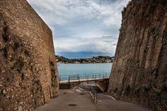 Saint-Elme de Citadelle dans Villefranche-sur-Mer Photographie stock libre de droits