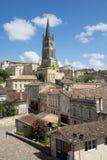 Saint Emilion, Bordeaux/Frankrijk - 06 19 2018: De wijngaard van de wijnroutes van Bordeaux van de stad van heilige-emilionunesco Royalty-vrije Stock Afbeeldingen