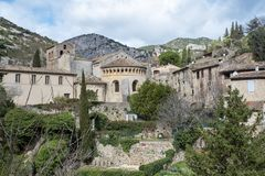 Saint-guilhem-le-désert village photos stock