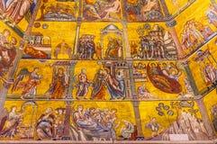 Saint John Florence Italy de Mary Bible Mosaic Dome Bapistry do Virgin foto de stock