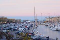 SAINT-MALO, ФРАНЦИЯ - 27-ОЕ НОЯБРЯ 2016: Порт в Святом Malo, Франции Стоковое Фото