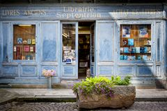 Free SAINT-MALO, FRANCE. Bookcase With Wooden Facade Of Ancient Books With A Retro Charm. Stock Images - 107172824
