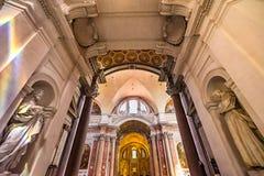 Saint Mary Angels da basílica da entrada das estátuas e mártir Roma Itália imagens de stock