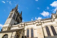 Saint Maurice Cathedral de irrita, França imagens de stock