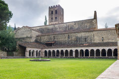 Saint-Michel Cuxa de Abbaye de los claustros Imagen de archivo libre de regalías