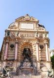 Saint Michel de la fuente de París, Francia Foto de archivo libre de regalías